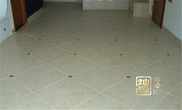 菱形瓷砖的巧妙贴法,办公室装修学会这些你就能省钱